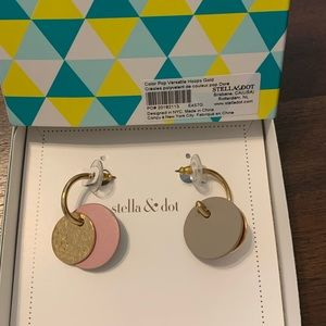 Stella & Dot Color Pop Versatile Hoops Gold